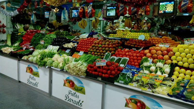Frutas en casa Barceló en Madrid - clicoleo